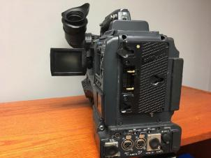 "Panasonic AG-HPX500 2/3"" Shoulder Mounted P2 Camcorder 1080p/1080i/720p, NTSC/PAL"