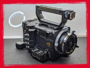 SONY PMW-F55 CINEALTA 4K DIGITAL CINEMA CAMERA KIT