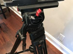 Sachtler 20 III CF Tripod with Mid Spreader