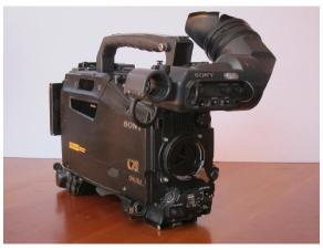 Sony HDW-F900R CineAlta 24P HDCAM Camcorder